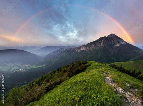 Fototapeta góry tecza-nad-szczytem-gorskim