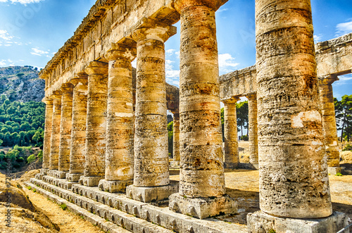 Obraz na plátně Greek Temple of Segesta
