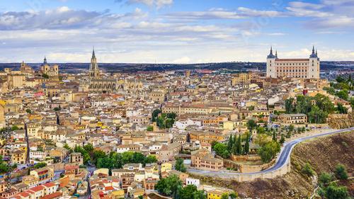 City on the water Toledo, Spain Town Skyline