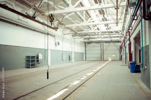 Fototapety, obrazy: industrial warehouse interior