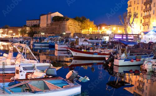 Photo The evening port