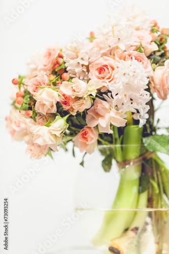 Foto-Lamellen (Lamellen ohne Schiene) - toned photo of little pink flowers in glass vase (von Кирилл Рыжов)