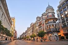 Avenida De La Constitución, S...