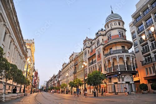 Fototapeta premium Avenida de la Constitución, Sewilla, Hiszpania