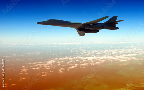 Canvas-taulu Heavy bomber on a mission