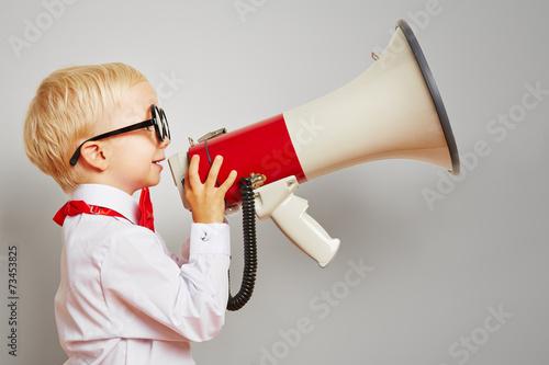 Fényképezés  Hipster Kind hält großes Megafon