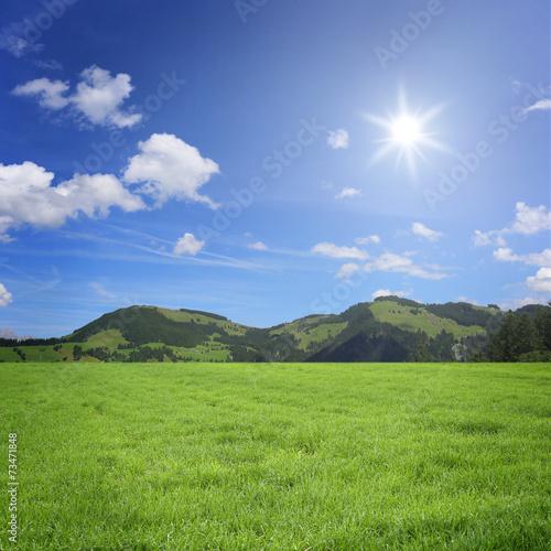 Foto op Canvas Pistache Landschaft mit Berge