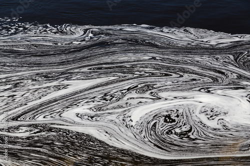 Valokuva  Water with Swirly Patterns