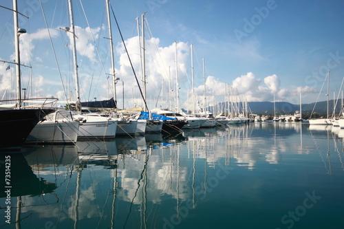 Foto op Plexiglas Water Motor sporten View Across a Calm Marina