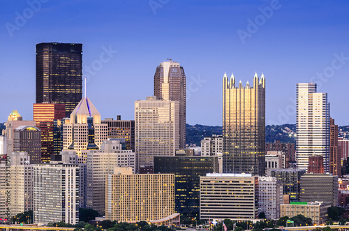 City on the water Pittsburgh, Pennsylvania Skyline