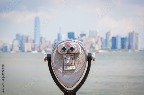 Photo  Cityscape of New York with Binocular