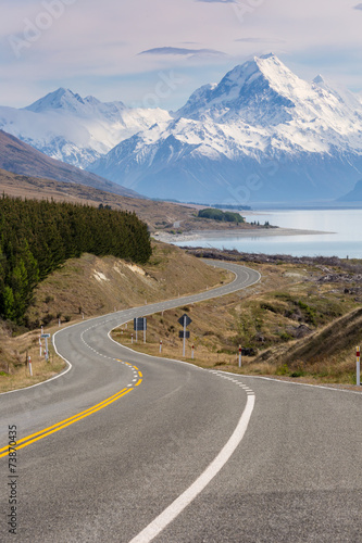 kinowa-droga-do-mount-cook-nowa-zelandia