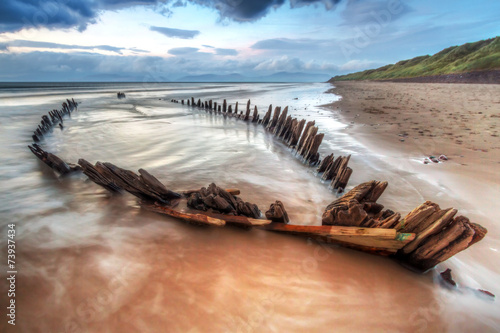 Fotobehang Schipbreuk The Sunbeam ship wreck on the beach in Co. Kerry, Ireland