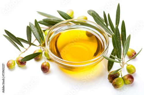 Obraz na plátně Olive oil and olive fruits