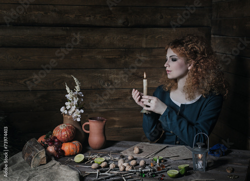 Fotografija Witch preparing potion