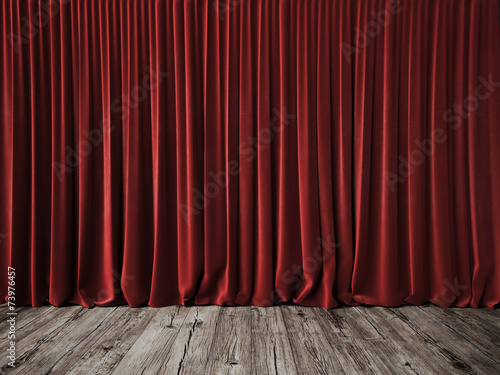 Fotografía  Red curtains and vintage wood floor