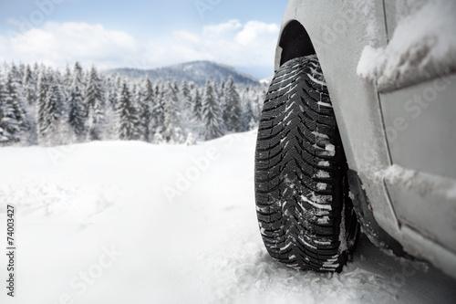 Fotografiet  Winter tire