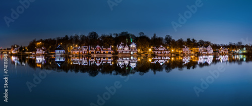 Vászonkép Philadelphia - Boathouse Row panorama by night