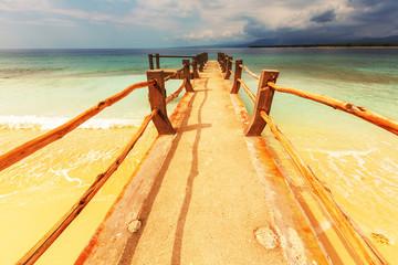 Fototapeta Optyczne powiększenie Boardwalk on beach