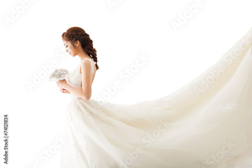 Canvas Young attractive bride with flowers