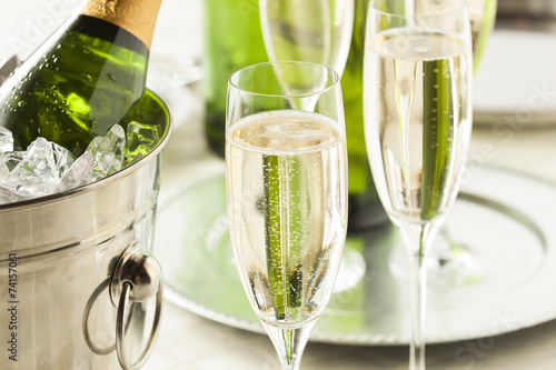 Fotografia  Alcoholic Bubbly Champagne for New Years