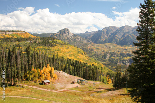 Spoed Foto op Canvas Wit Autumn ski slope with lift