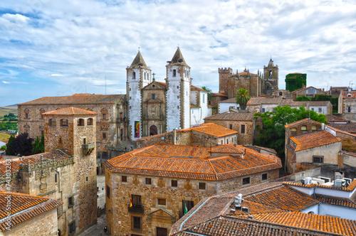 Panorámica de Cáceres con la iglesia de la Preciosa Sangre, Extremadura, España