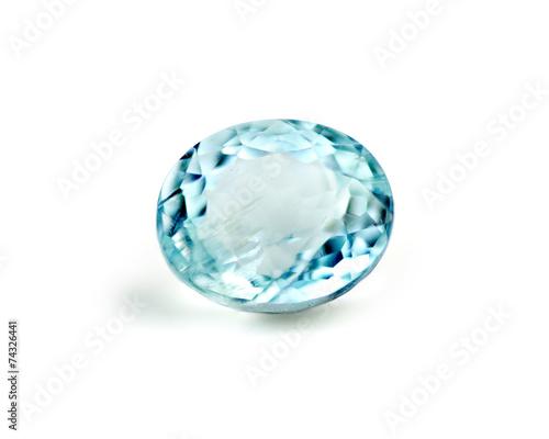 Photo Blue aquamarine gemstone isolated on white