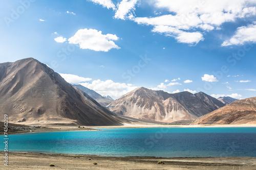 Stunning Pangong lake in Ladakh Canvas-taulu