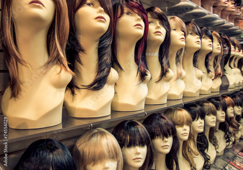 Leinwand Poster Wigs shop