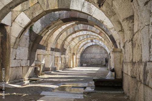 ruiny-agory-z-smyrny-iv-w-p-n-e-izmir-turcja