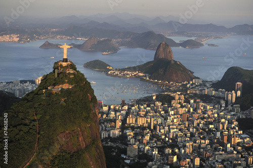 Fotografie, Obraz  Letecký pohled na Krista, Sugarloaf, Guanabara Bay, Rio de Janeiro