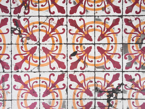 La pose en embrasure Tuiles Marocaines Chino Portuguese old tiles.