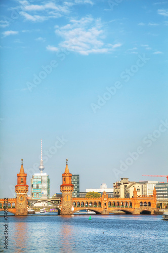 Photo  Berlin cityscape with Oberbaum bridge