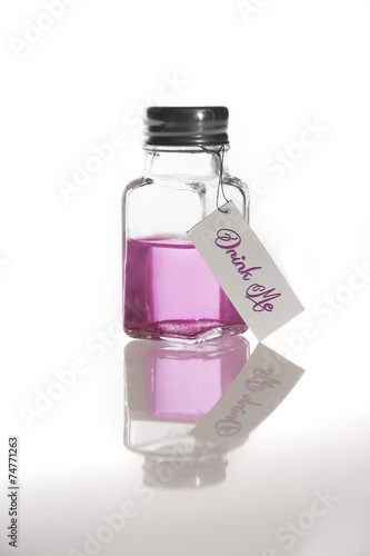 Bébeme, frasco líquido rosa Canvas Print