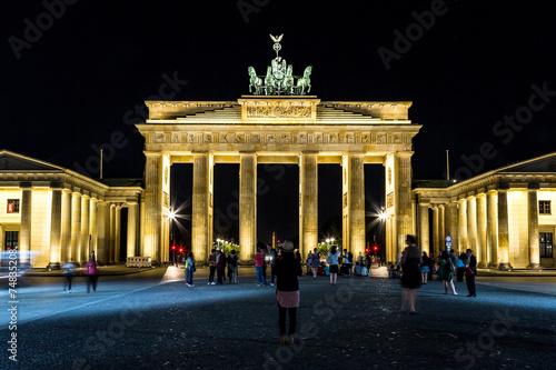 Fotobehang Volle maan Brandenburg gate, Berlin, Germany