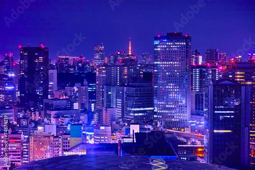 Spoed Foto op Canvas Violet 東京の商業地区の夜景