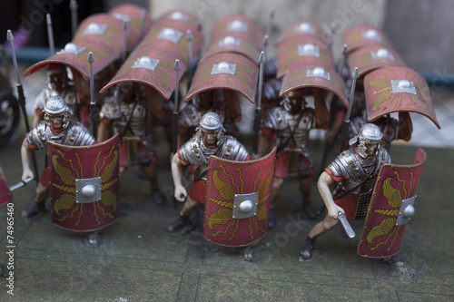 Fotografie, Obraz  Miniature of roman empire' soldiers in turtle formation