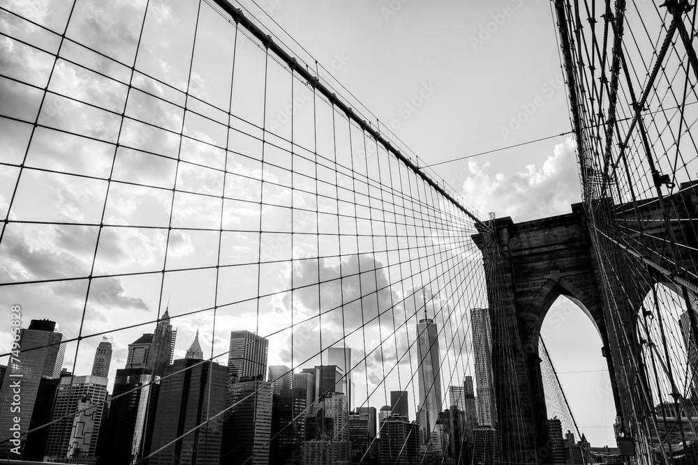 Photo & Art Print New York City, Brooklyn Bridge skyline black and ...