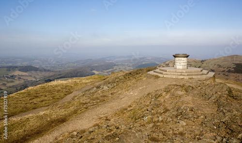 Valokuva  Malvern Hills toposcope marking Queen Victoria's Diamond Jubilee