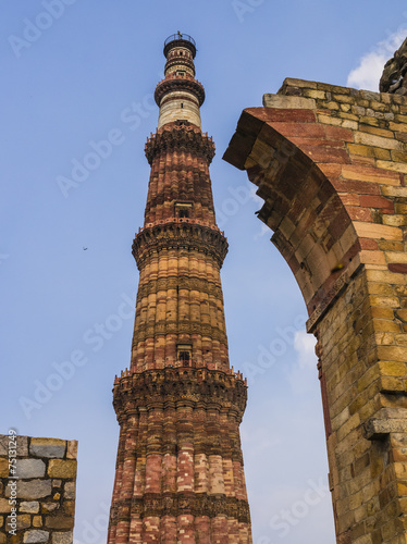 Tuinposter Delhi Qutb Minar and surrounding ruins, Delhi, India