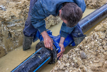 Close Up Of Installing Water Pipe Valve 3