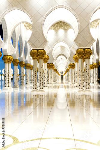 Spoed Foto op Canvas Abu Dhabi White Mosque