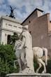 statue à rome