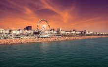 The Towering Brighton Wheel ,E...