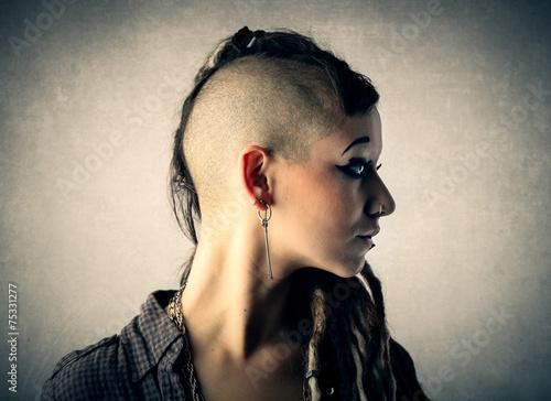 Photo  Shaved head