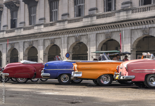 Photo  Classic american cars in Havana, Cuba