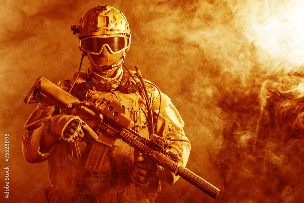 Fototapety, obrazy: Special forces soldier in the fire