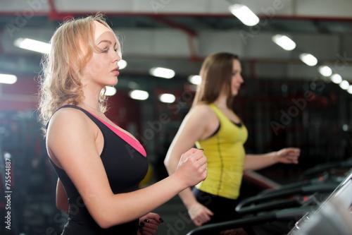 Deurstickers Fitness Running on treadmill