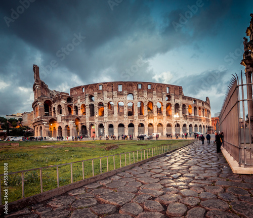 Photo  Colosseum in Rome